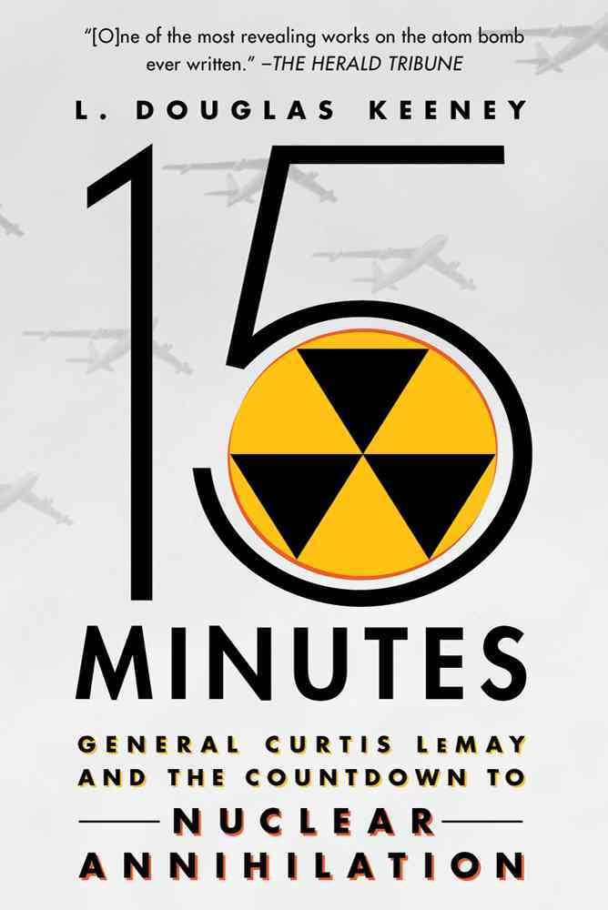 15 Minutes By Keeney, L. Douglas